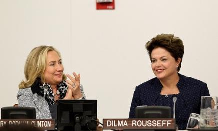Hillary Clinton and Dilma Rousseff (foto: MREBRASIL)